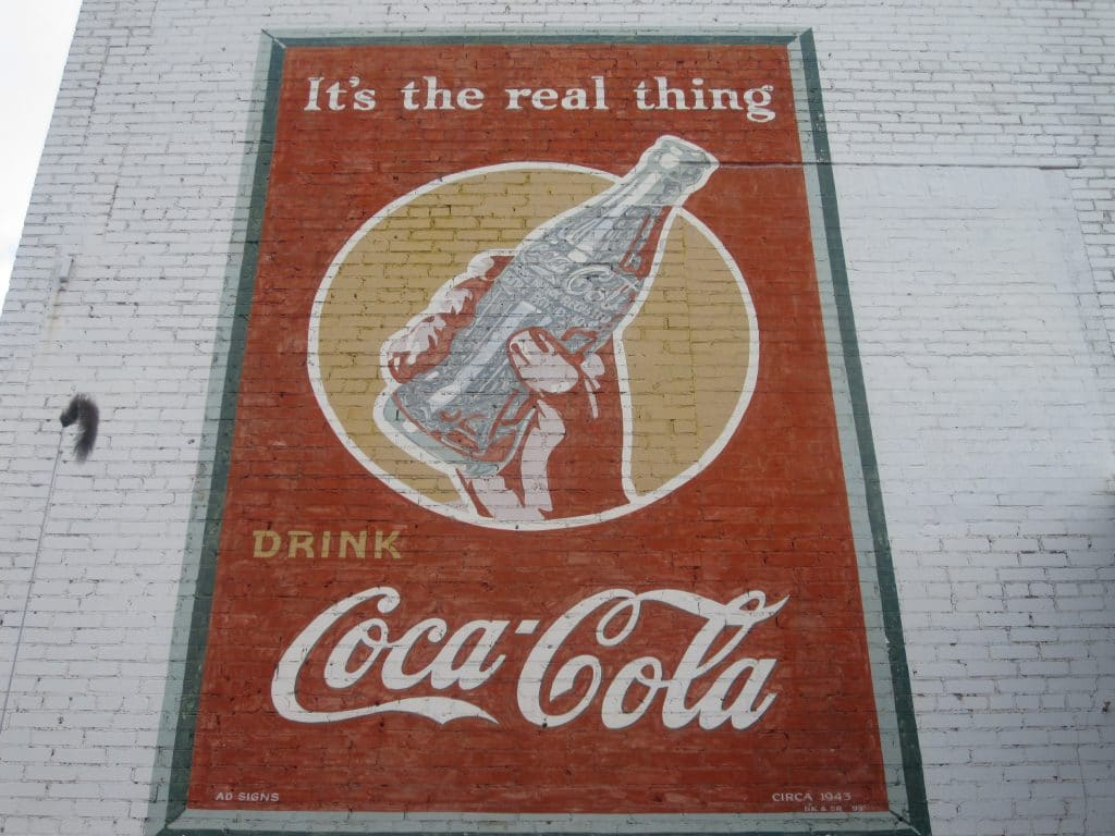 Coca_Cola_ad_ca._1943_IMG_3744