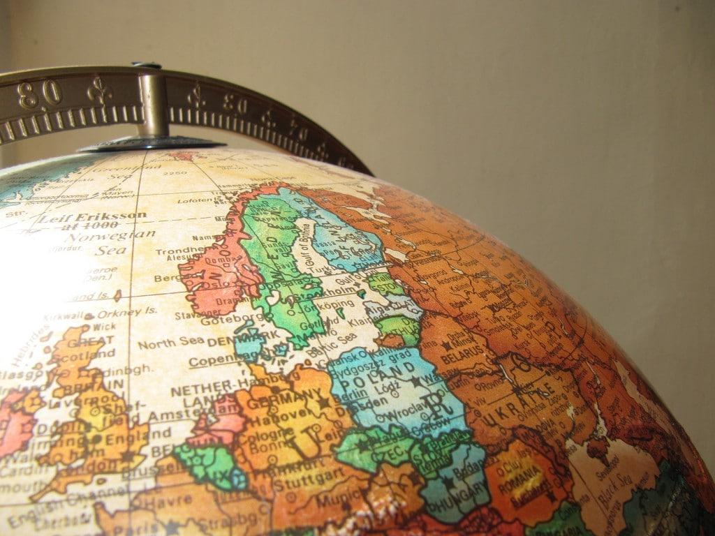 globe-940369_1920