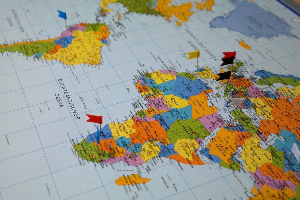 destinations-235942_1920