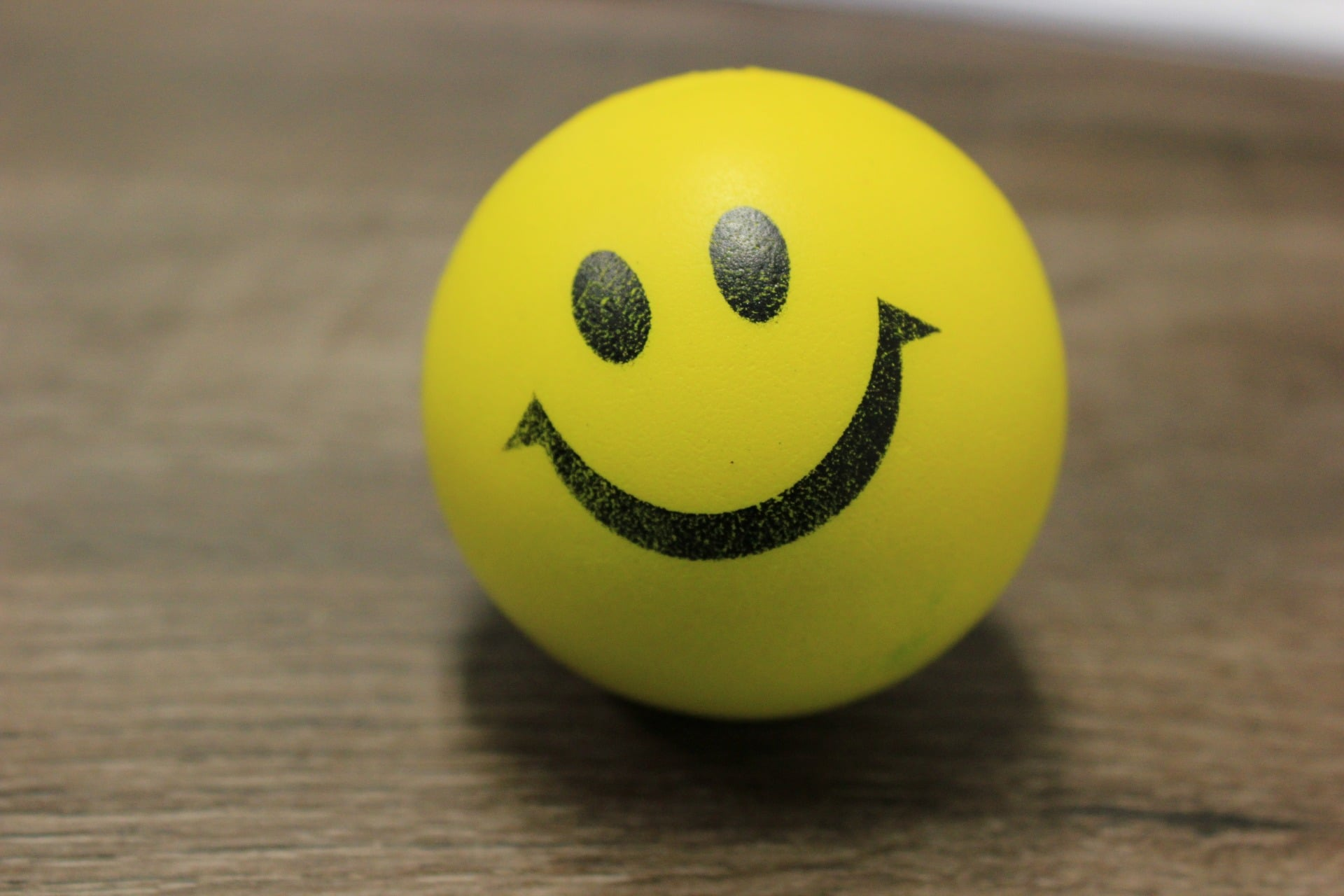 smiley-427160_1920