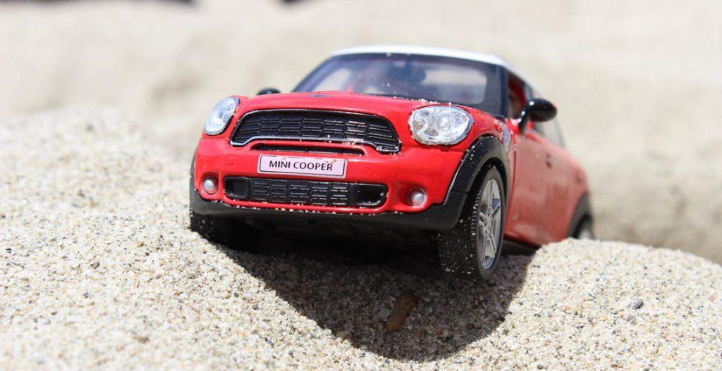 toy-car-mini-cooper-beach-45846